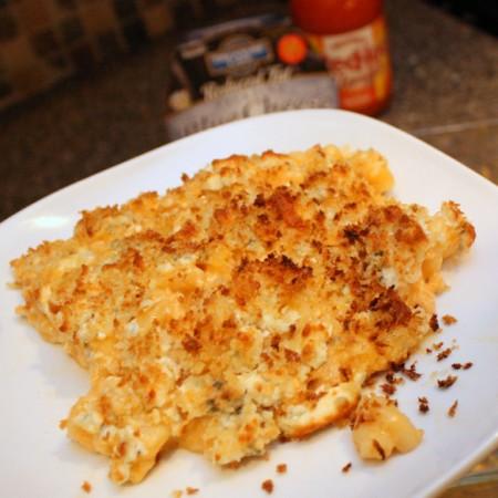 Super yummy Buffalo Macaroni and Cheese recipe at Rae Gun Ramblings