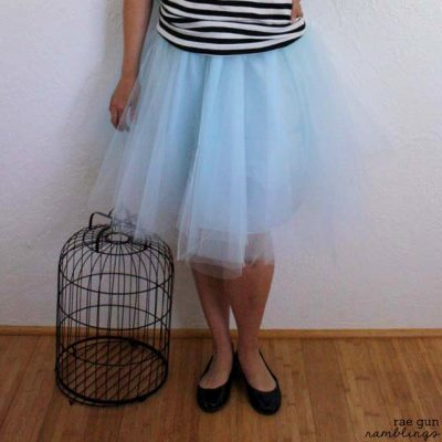 Easy 30 Minute Tulle Skirt Tutorial