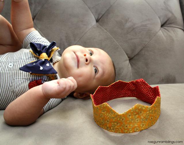 Baby to adult free 15 minute crown pattern and tutorial - Rae Gun Ramblings