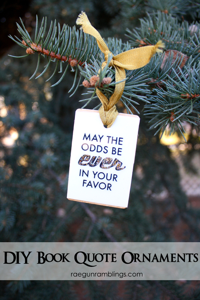 Quick and easy book nerd ornaments that also work for pictures, quotes and other things! Hunger Games and Harry Potter ideas - Rae Gun Ramblings