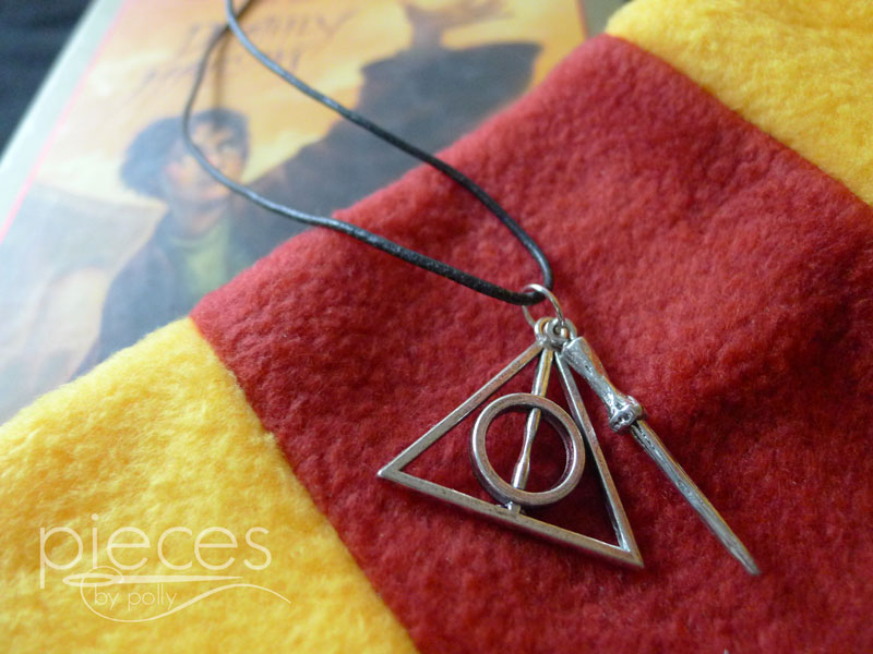 harry potter deathly hallows and wand necklace