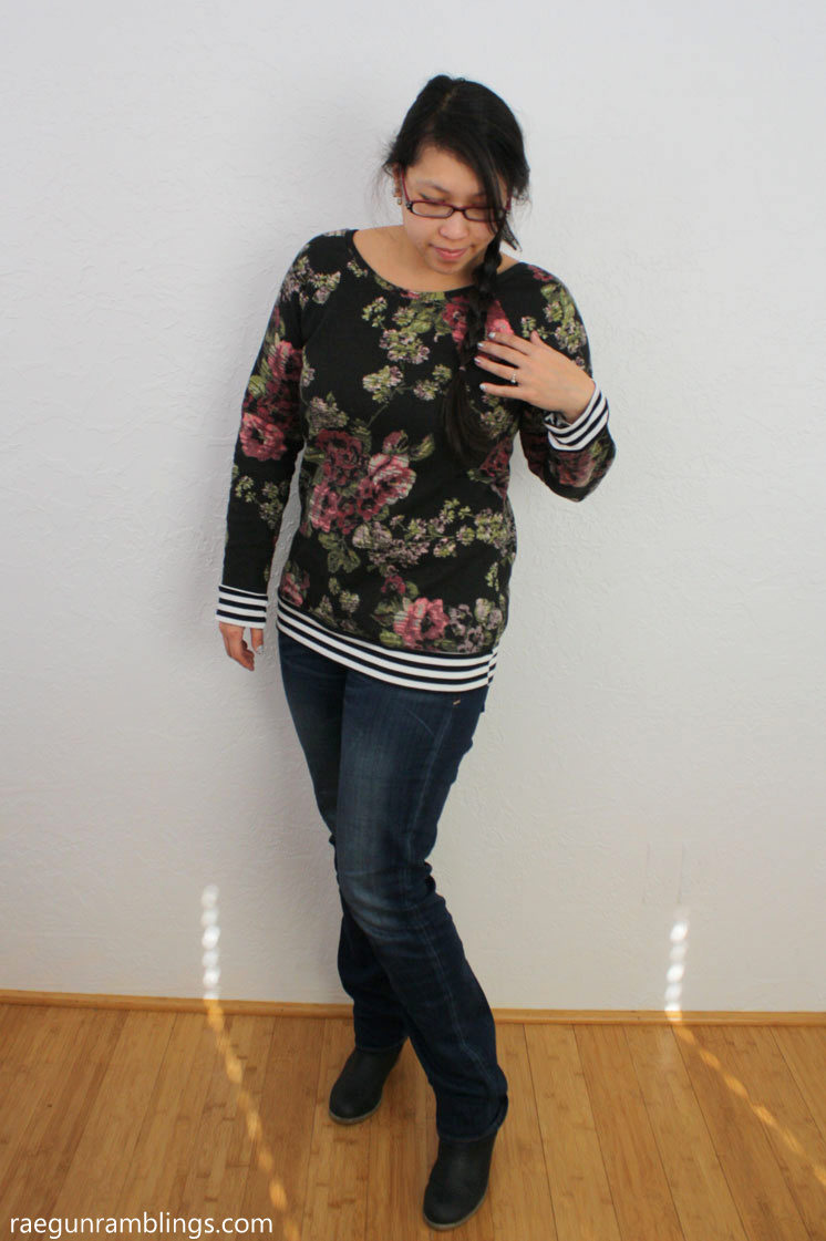 Great sewing tutorial for turning a regular shirt pattern into a slouchy sweatshirt