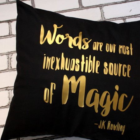 awesome DIY dumbledore quote pillowcase tutorial