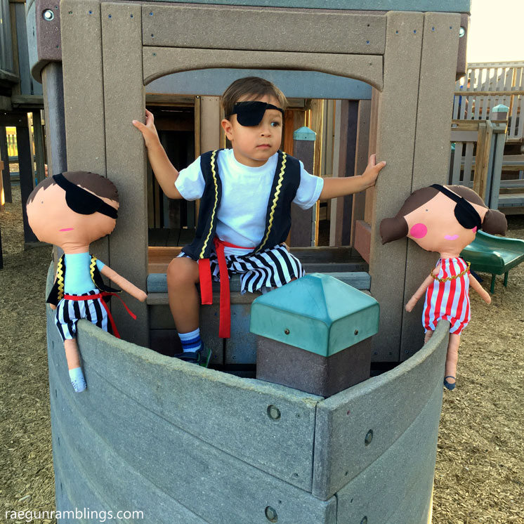 SO cute giant dolls for boys and girls and free sewing pattern for pirate costumes.