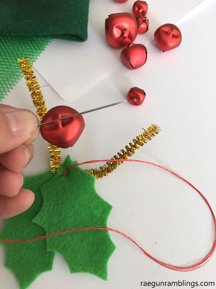 How to make Christmas holly shoes that jingle. Easy craft tutorial