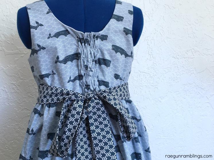 make a flexible dress from woven fabric