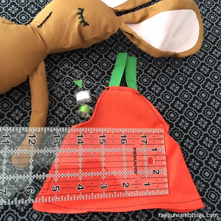 DIY pumpkin dress for a doll tutorial
