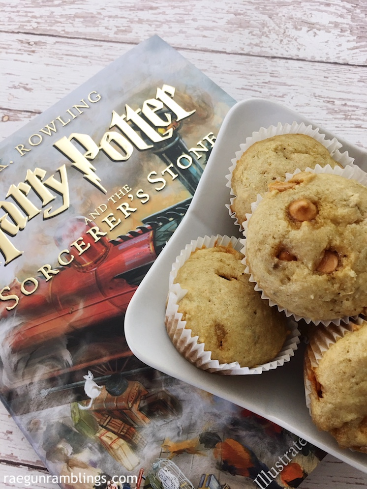 I'm obsessed with this super easy Harry Potter butterbeer muffin recipe!
