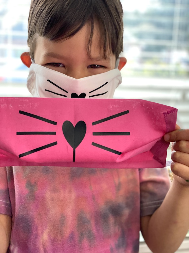 How to Make an easy Cat Face Mask for kids and adults with free pattern and video tutorial! Best coverage and fit.
