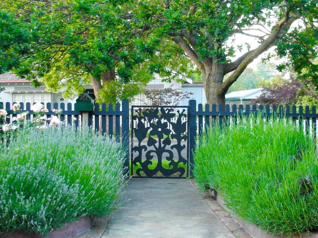 Simple Garden Landscape Ideas