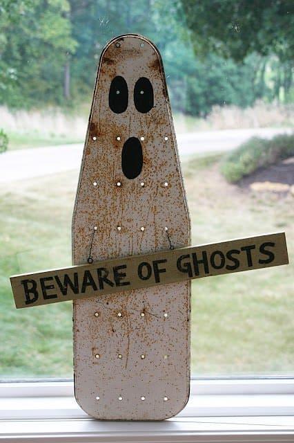Ironing Board Ghost Recyclart
