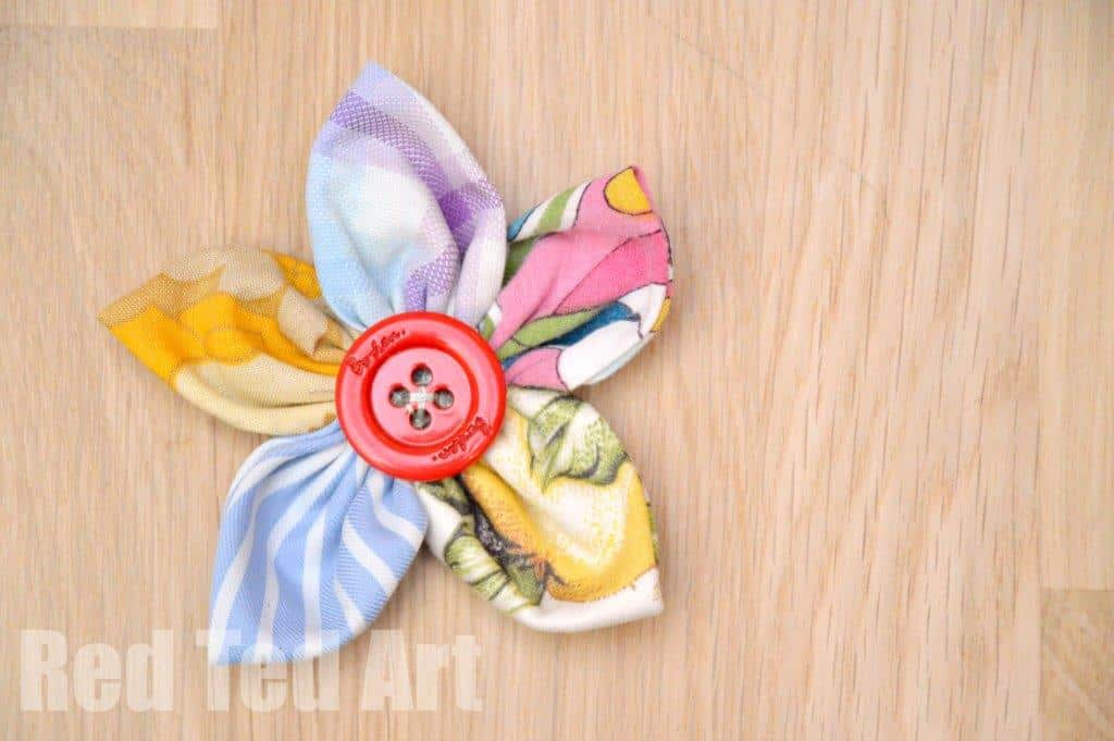 Easy Fabric Flowers   Red Ted Art s Blog Fabric Flower Craft How To