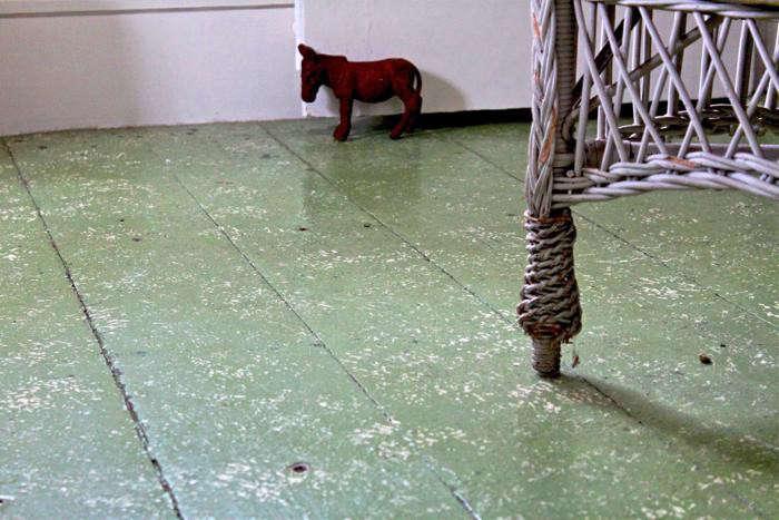 Diy New England Spatter Painted Floors Remodelista
