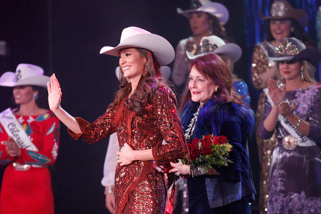 Mississippi Cowgirl Crowned Miss Rodeo America In Las