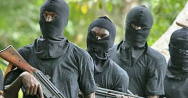 3 policemen killed as bandits kidnap Syrian national