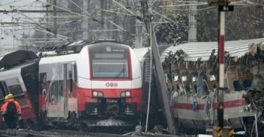 AUSTRIA: 1 dead, many hurt as two trains collide