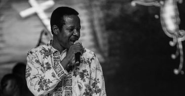 Sunny Ade accuses Davido, Small Doctor of copyright