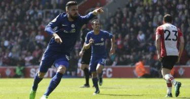 Moses not left out as Giroud inspires Chelsea's comback win at Southampton