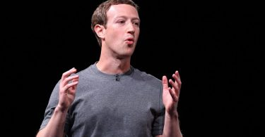 Zuckerberg to appear before EU parliament to explain Facebook's use of data