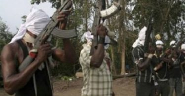 EDO: Unknown gunmen kill 4 policemen, set corpses on fire