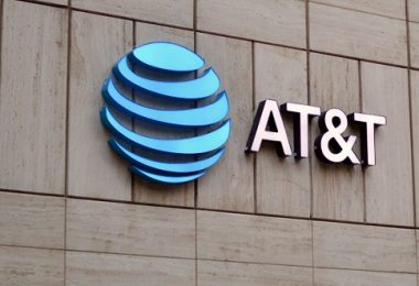Man slams AT&T with $224m suit for negligence