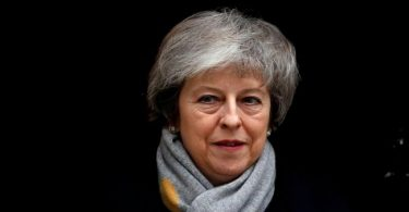 UK PM May survives no-confidence vote