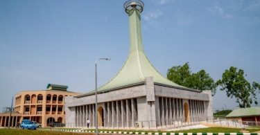 Obiano thanks Buhari for completing Zik's mausoleum 23 years after it was started