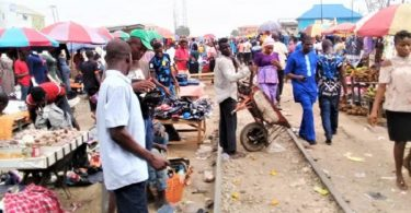 Lagos to move illegal traders off railway tracks