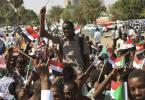 Sudanese protesters demand immediate move to civilian rule