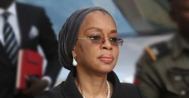 JUST IN...Drama in court premises as Justice Ofili-Ajumogobia tries to escape EFCC operatives