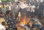 Shi'ites burn US, Isreali flags in Abuja