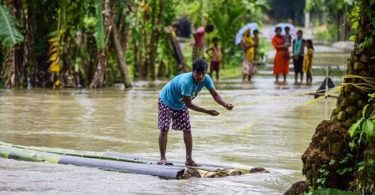 INDIA: 10 killed, a million displaced after wild floods caused by heavy monsoon