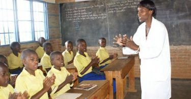'Nigeria needs 25,000 teachers annually to save dying education system'