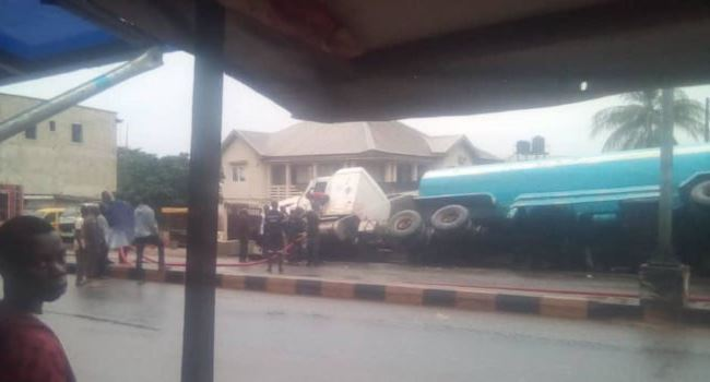 JUST IN: Another fuel tanker accident in Anambra