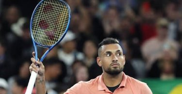 Tennis legend's incredible gesture floors Nick Kyrgios