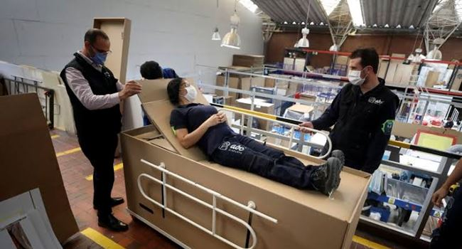 Colombian businessman makes convertible Bed-Coffin for COVID-19 patients