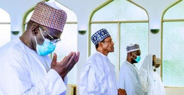 Buhari observes Juma'at as Aso Rock mosque reopens