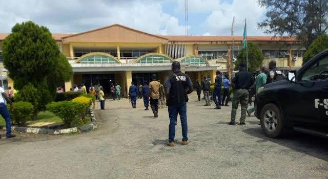Thugs reportedly lay siege on Ondo Assembly