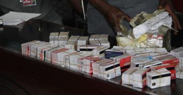 Customs hands over Dubai bound passenger arrested with 2,886 ATM cards to EFCC