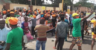NigeriaAt60: Police arrest 30 protesters demanding end to bad governance in Nigeria