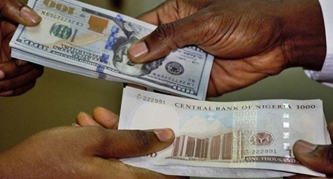 Naira continues free fall against U.S dollar