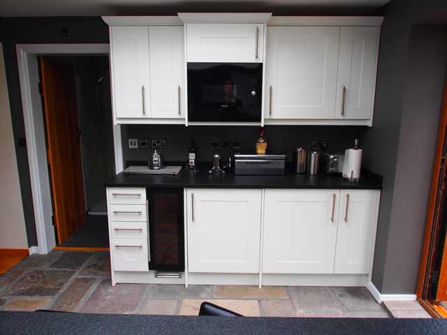 Kitchen Units Small Kitchens