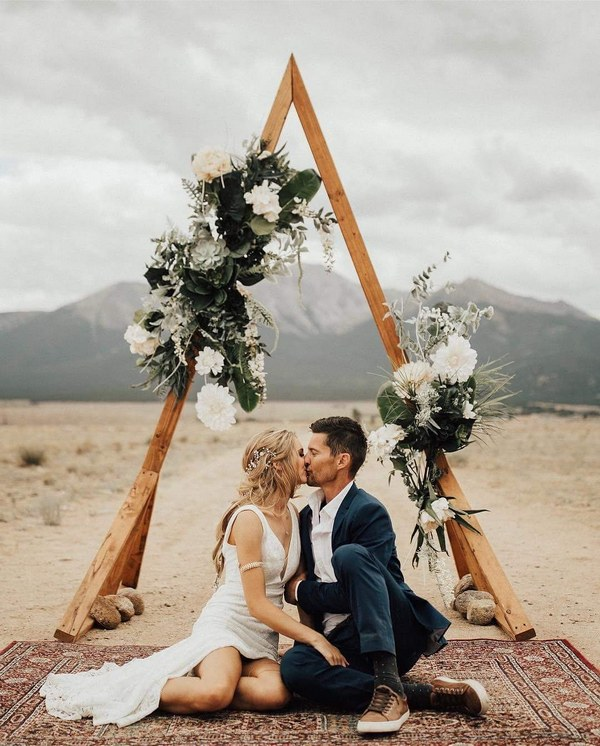Hot Wedding Trend Boho Chic Triangle Wedding Arches