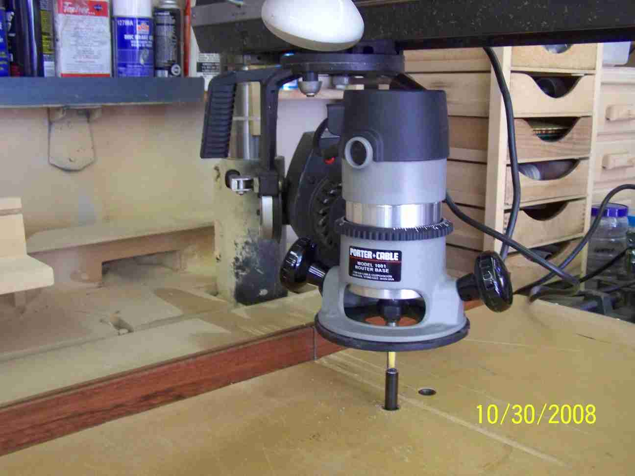 Review Table Router Bosch