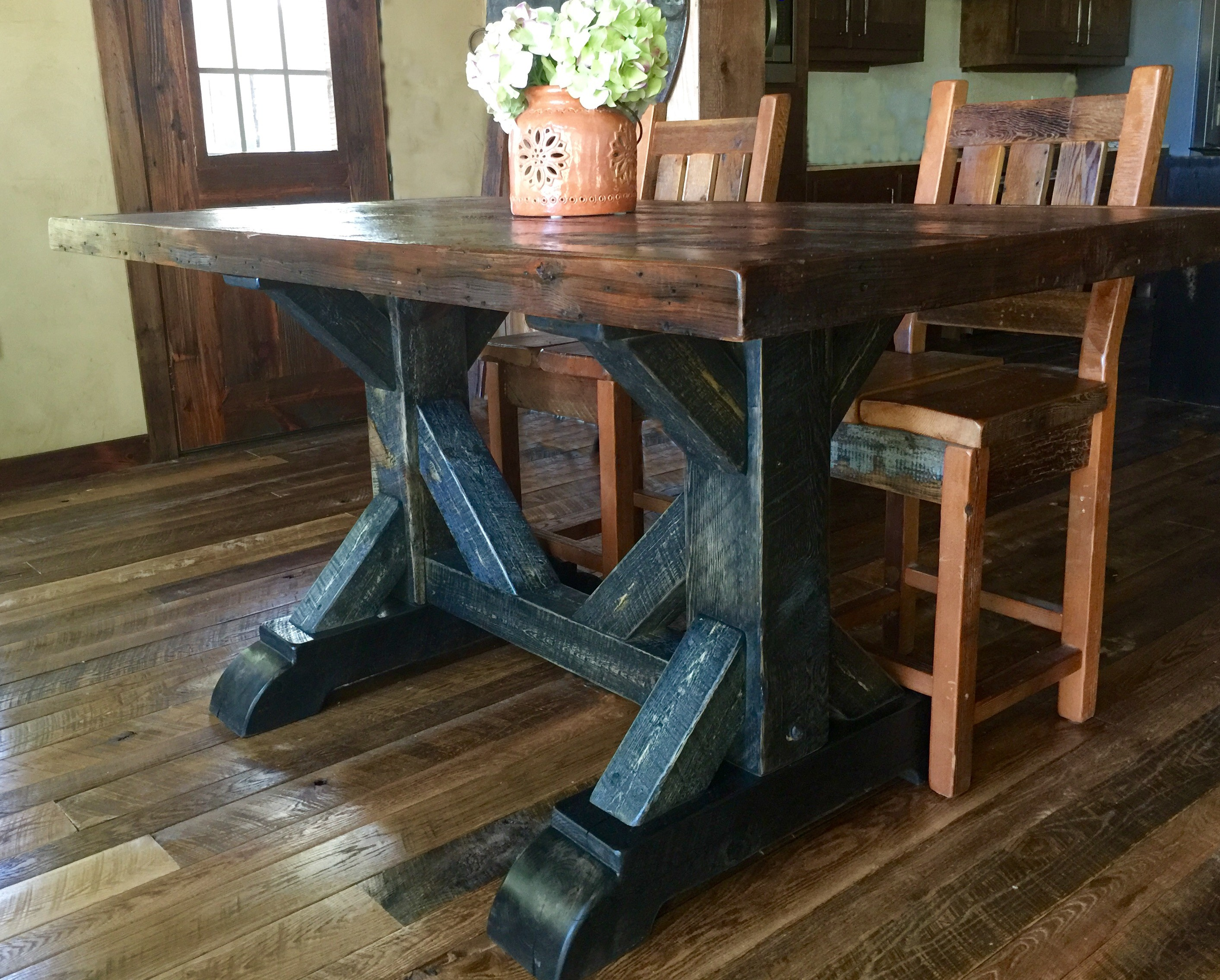 Cool Waters Rough Sawn Pine Dining Table 36 Quot T Rustic