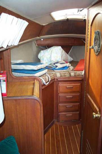 Islander 28 sailboat for sale