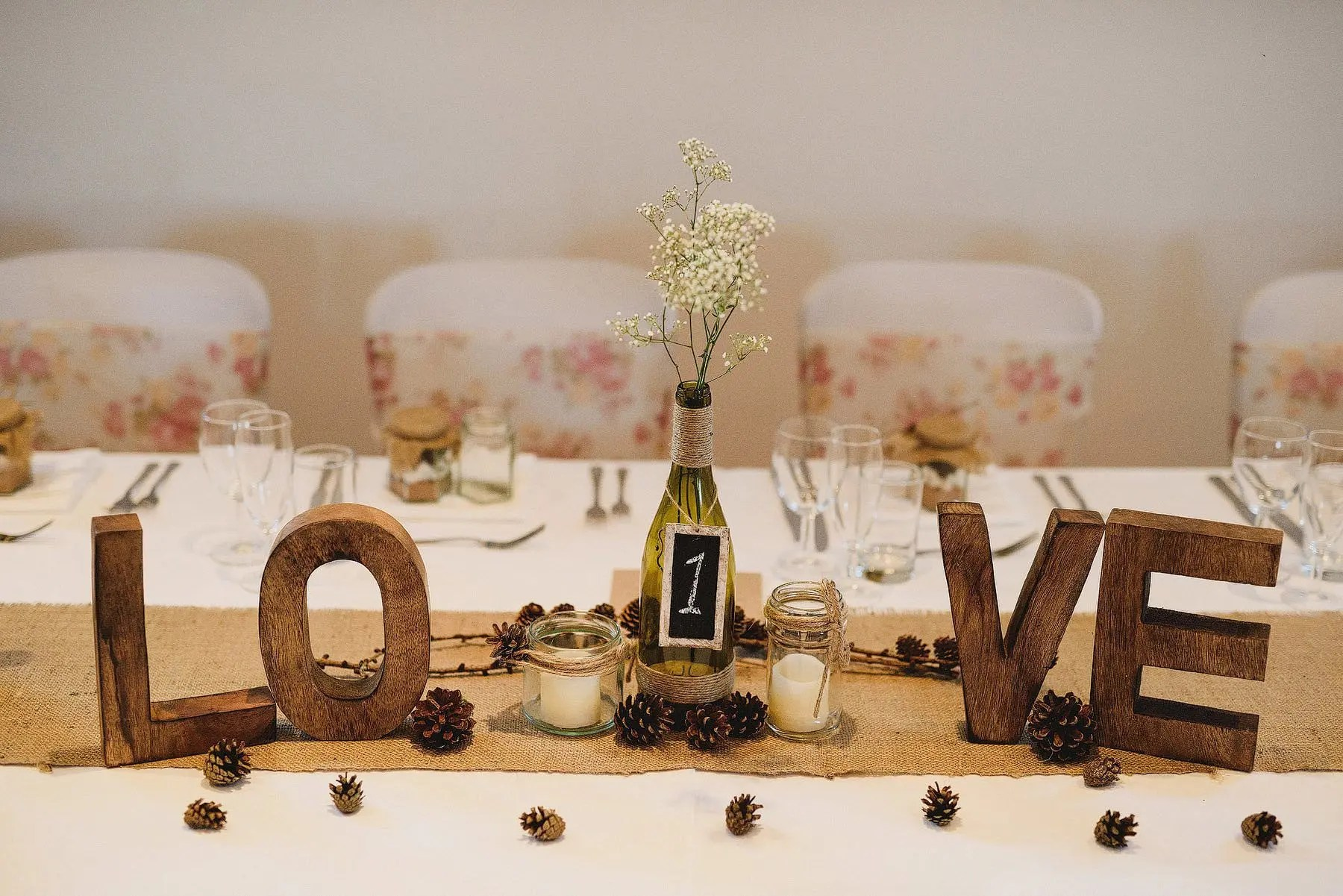 love wedding table decoration