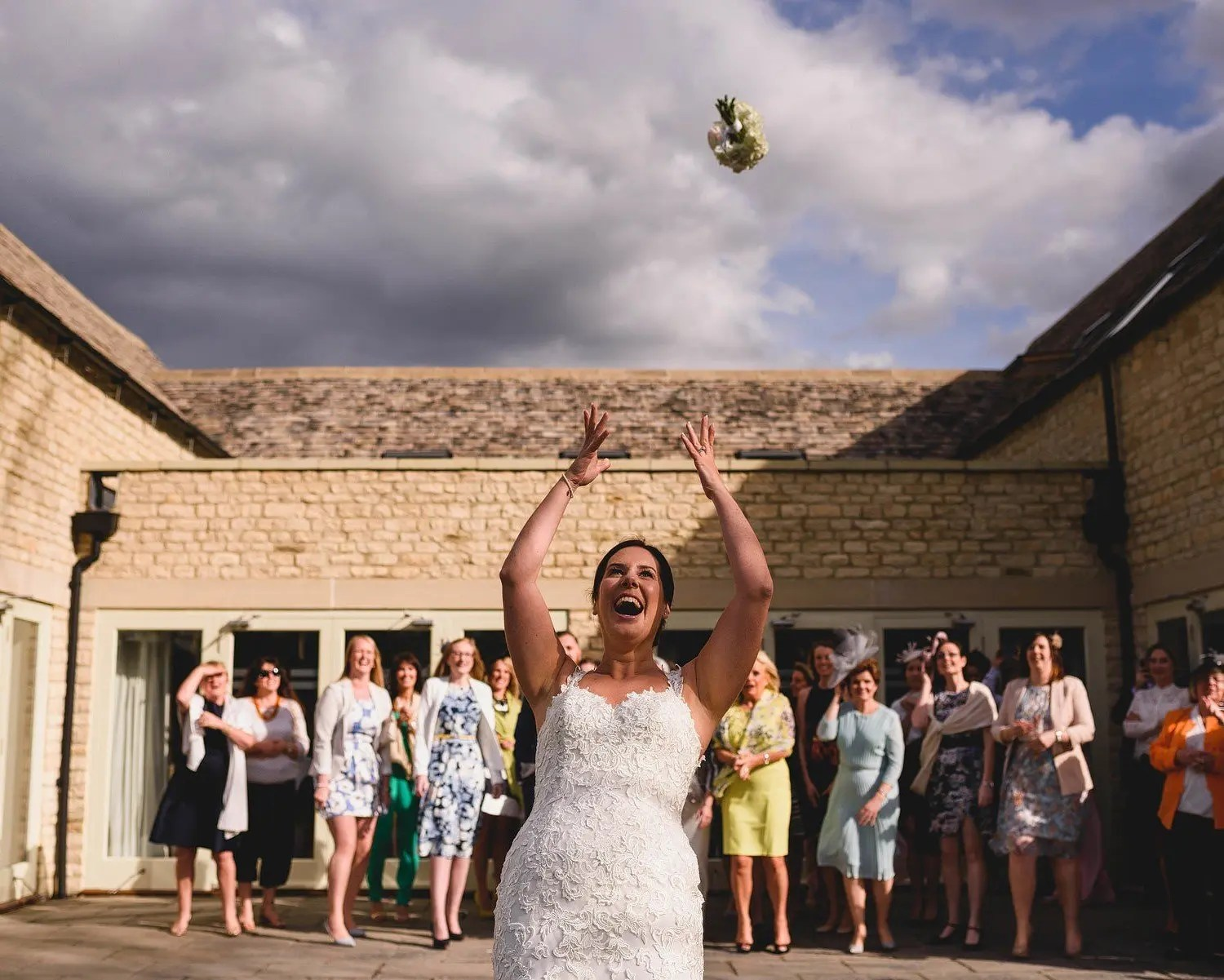 wedding photographers cotswolds