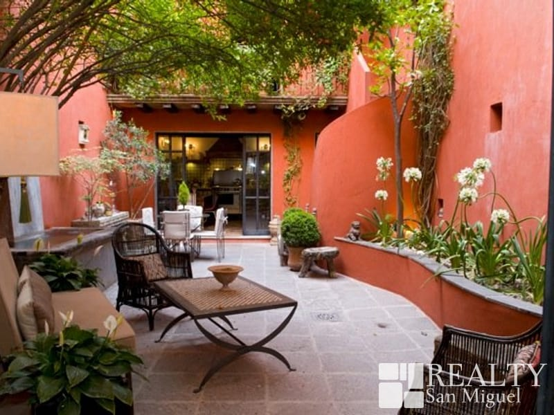 Spanish Home Decor