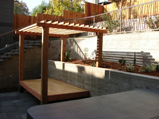 Garden Trellises Arbors And Pergolas